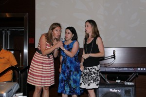 "Presenting the ""Cleanest Blog"" award with Jodi from Mom's Favorite Stuff & Colleen from Classy Mommy at the Social Luxe Lounge"