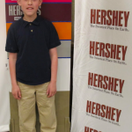 Twitter Party Tonite w/@Hersheypark SWEET Prizes!  Hosts @WhitneyMWS @ClassyMommy 8pmET #HersheyPA
