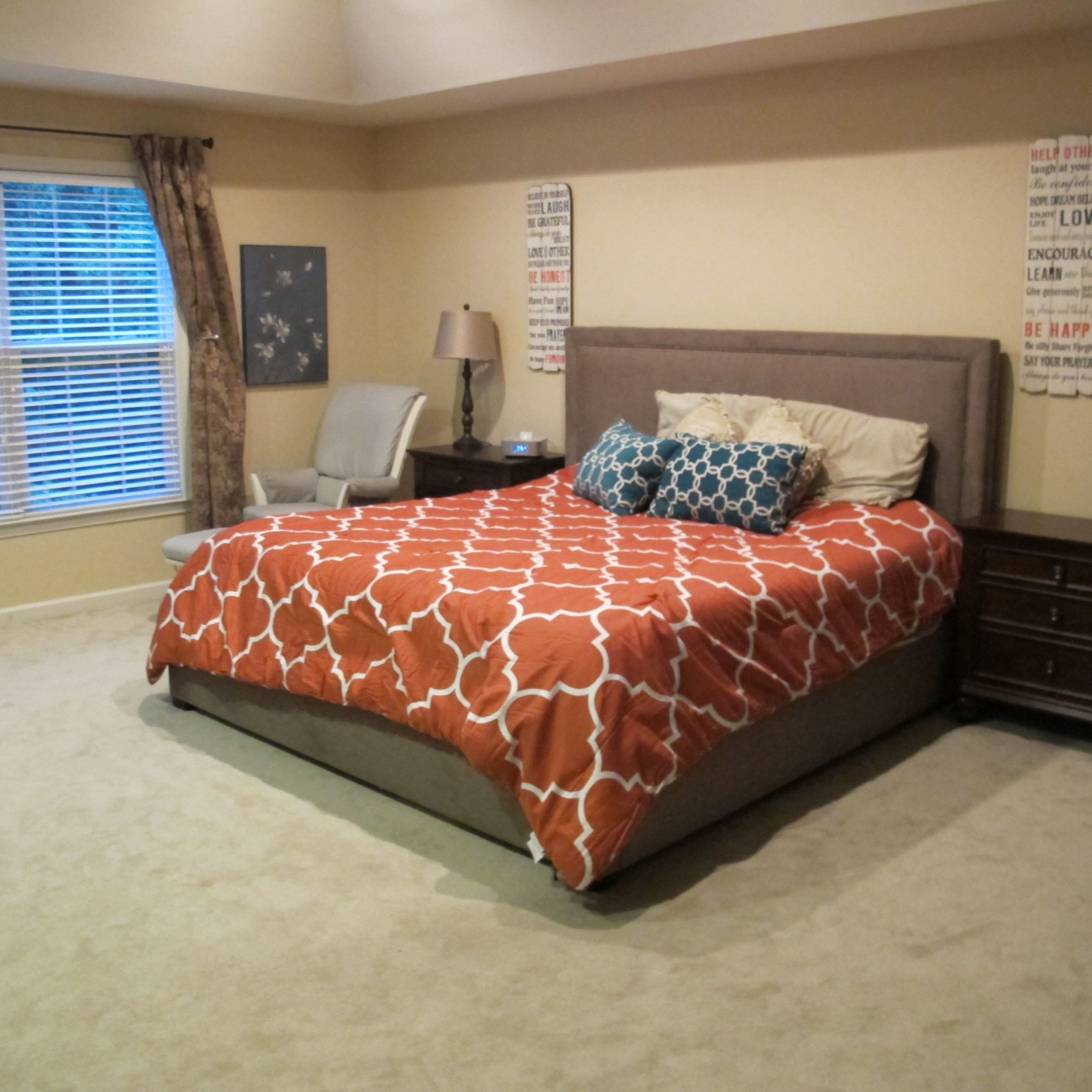 Bedroom Makeover with Raymour & Flanigan