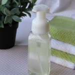 DIY: Essential Oils Foaming Hand Soap {Easy Instructions!}