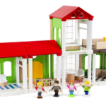 Keeping It Simple with BRIO's Family Home Playset